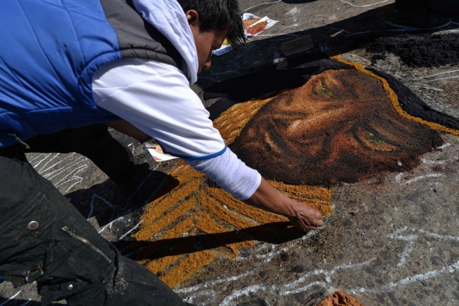 Las alfombras son culturalmente reconocidas en el país. (Foto: Wilder López/Soy502)