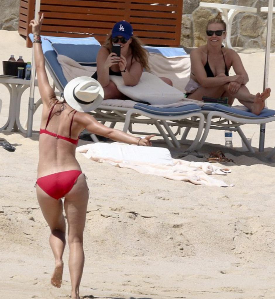 María Sharapova disfruta de un descanso obligado. (Foto: Daily Mail)