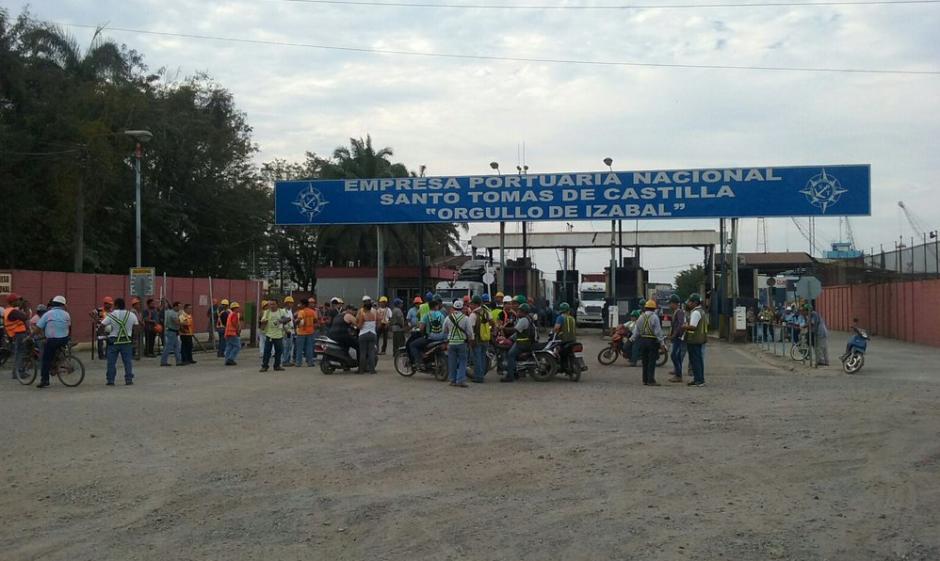 Transportistas comenzaron a manifestarse desde el miércoles a la noche. (Foto: Coexport)