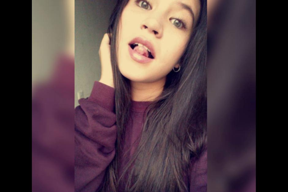 Karla es una fanática de las redes sociales y hace transmisiones en directo para comunicarse con sus seguidores. (Foto: Facebook)