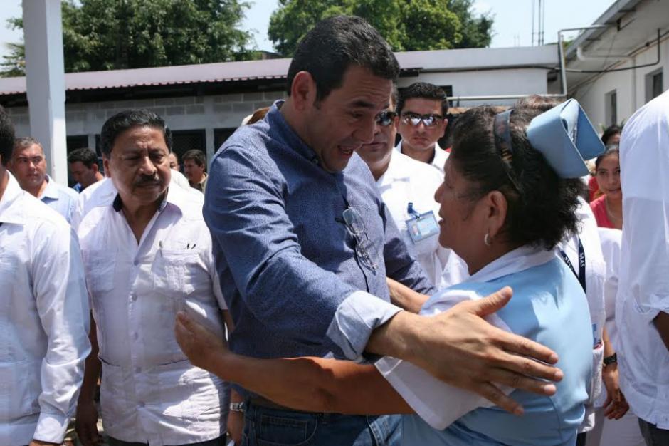 """El presidente aprovechó para calificar de """"ángeles"""" a los salubristas. (Foto: AGN)"""