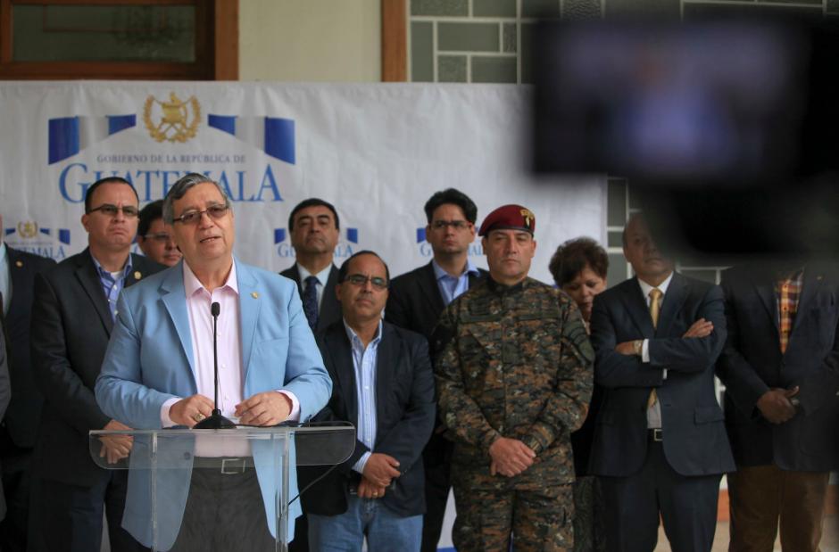 Cabrera solicitó al Congreso que apruebe el Estado de Calamidad para cubrir la emergencia de los incendios en Petén. (Foto: AGN)