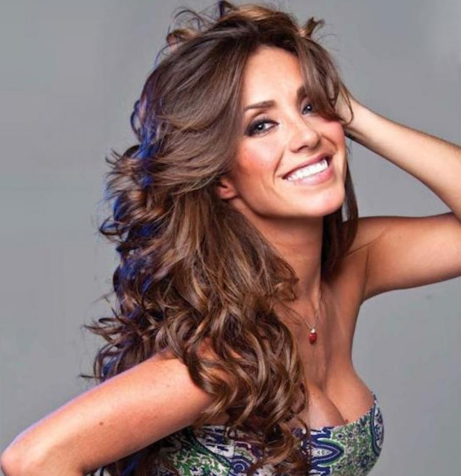 La actriz y cantante se ha convertido en una de los personajes más sensuales de México. (Foto: Listal)