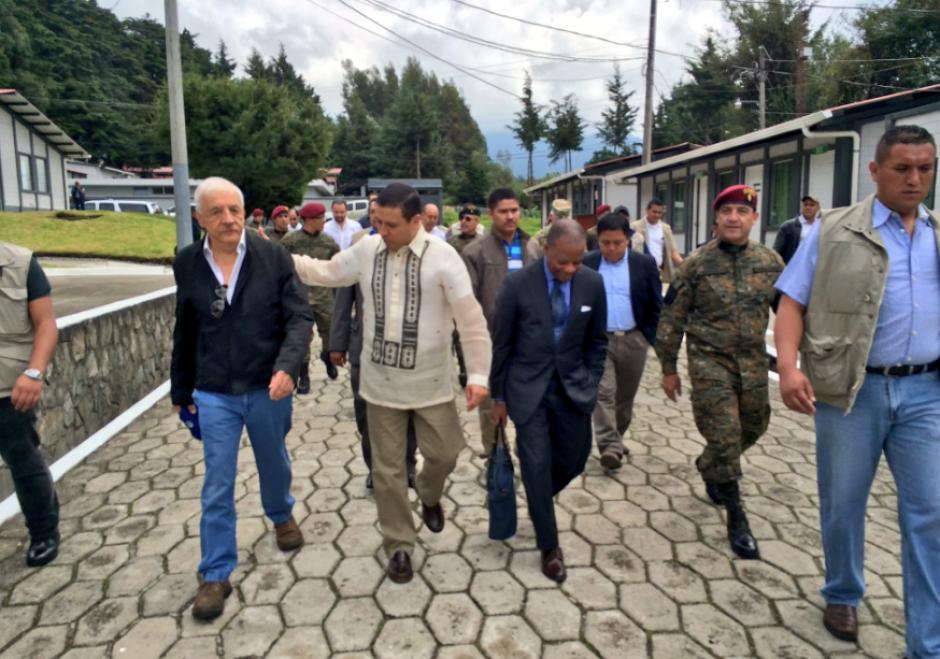 Varios ministros, el embajador de EEUU y Mario López se desplazaron hasta San Marcos. (Foto: US Embassy)
