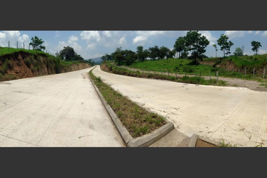 La carretera en Barberena se espera esté terminada este año. (Foto: CiV)