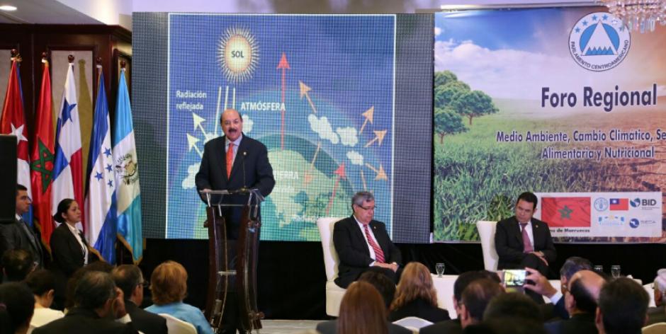 El presidente del Parlacen enfatizó en la vulnerabilidad de la región ante el cambio climático. (Foto: FAO)