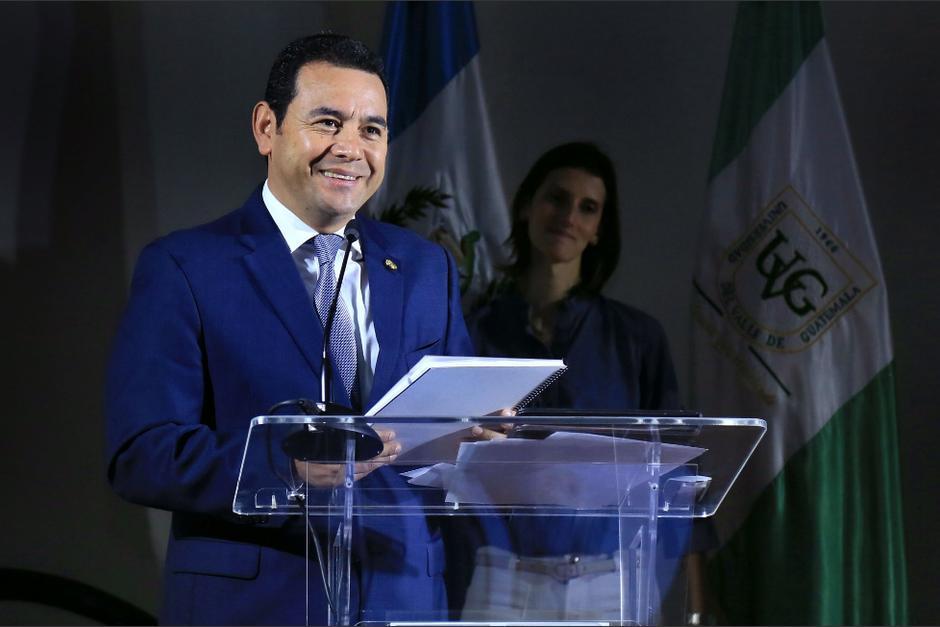 Morales quiso remarcar que sí hay presidente a través de un comentario de Facebook. (Foto: Gobierno)