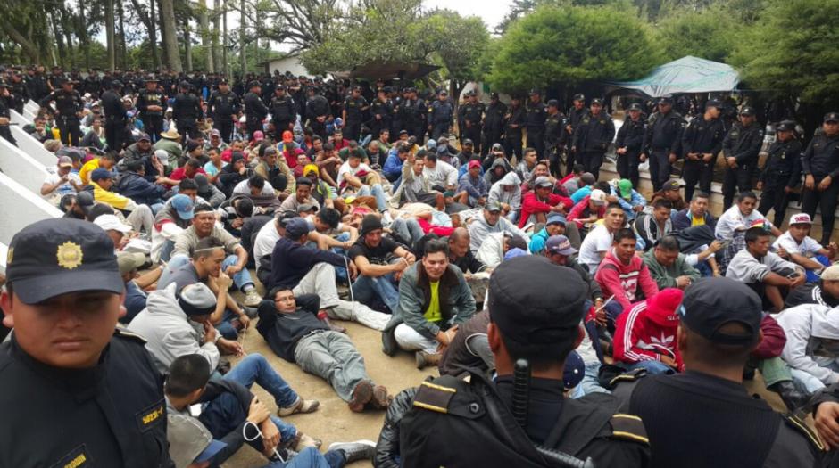 Policías realizaron requisa este miércoles. (Foto: Mingob)