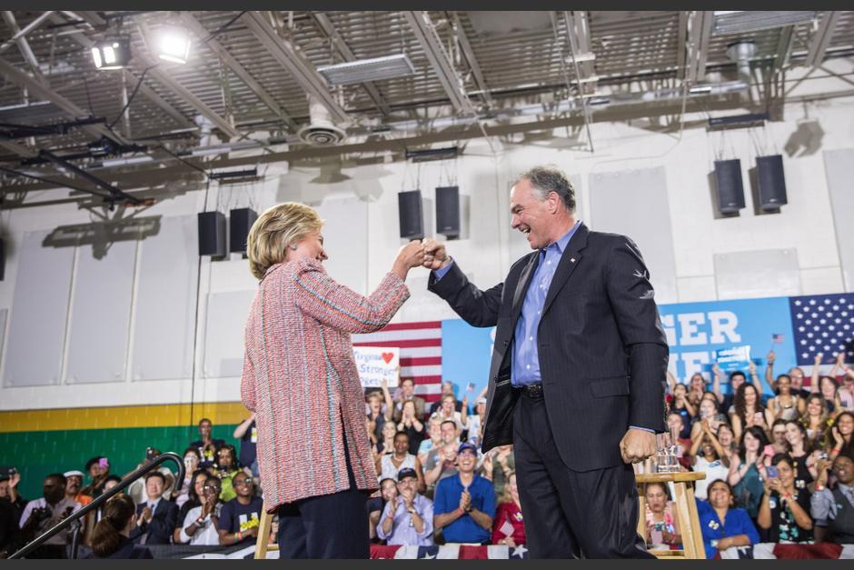 Clinton eligió al senador Tim Kaine para ser su vicepresidenciable. (Foto: EFE)
