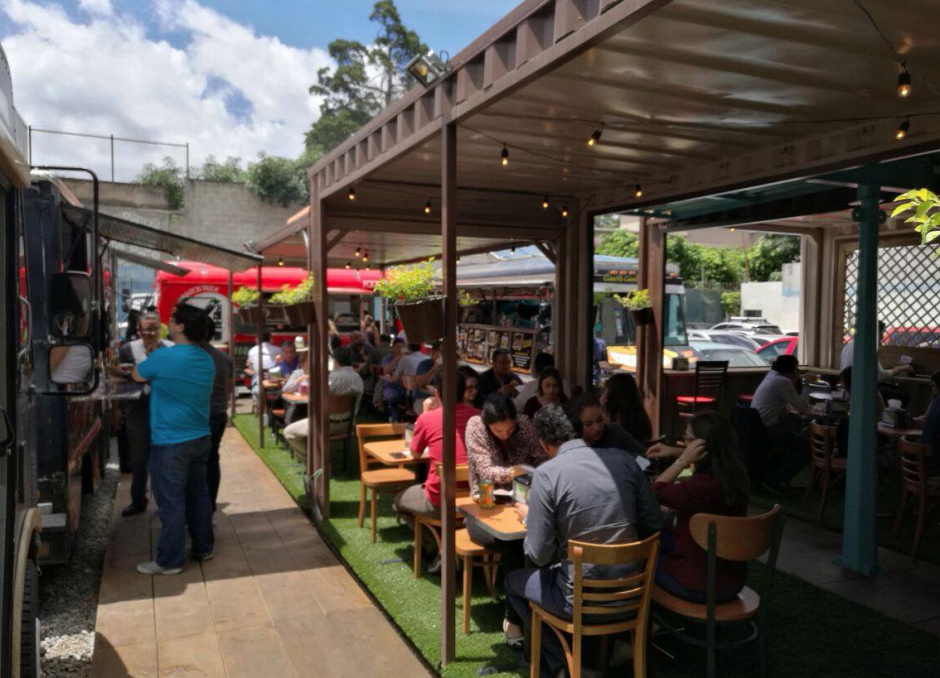 Plaza Food Truck 502 regresa a zona 10 en la 13 Calle 3-37. (Foto: Facebook)