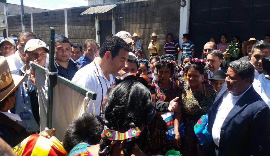 Este viernes viajó a San Andrés Itzapa. (Foto: AGN)