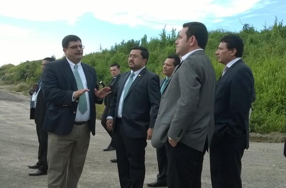 El presidente acompañó a las autoridades. (Foto: DGAC)