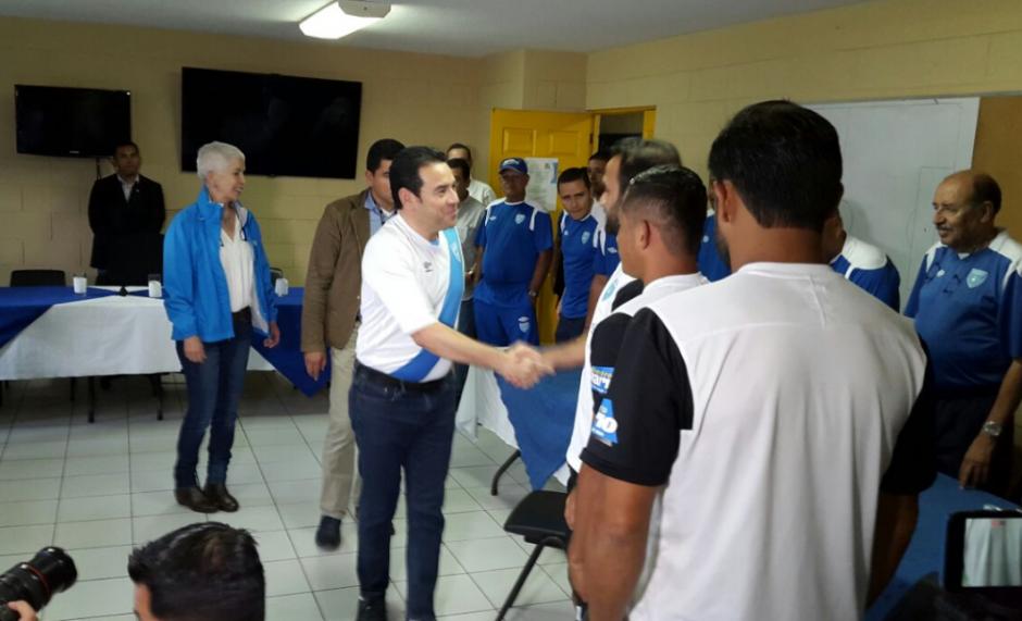 El presidente vistió la camiseta de la Selección. (Foto: AGN)