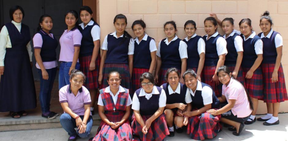 Un total de 16 niñas participan en el proyecto. (Foto: Facebook)