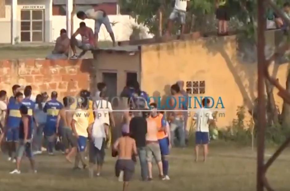 Los jugadores se resguardaron en su camerino. (Foto: portal Primicias Clorinda)