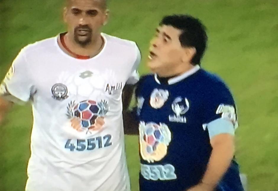Verón y Maradona ya no tienen una buena relación. (Foto: Twitter)