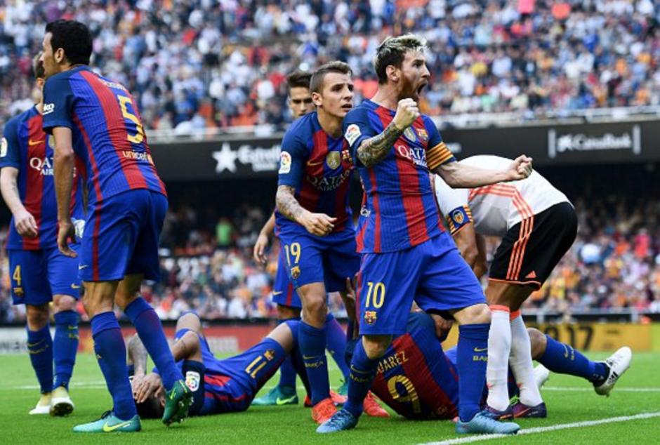 De manera efusiva festejó su gol Lionel Messi. (Foto: Twitter)