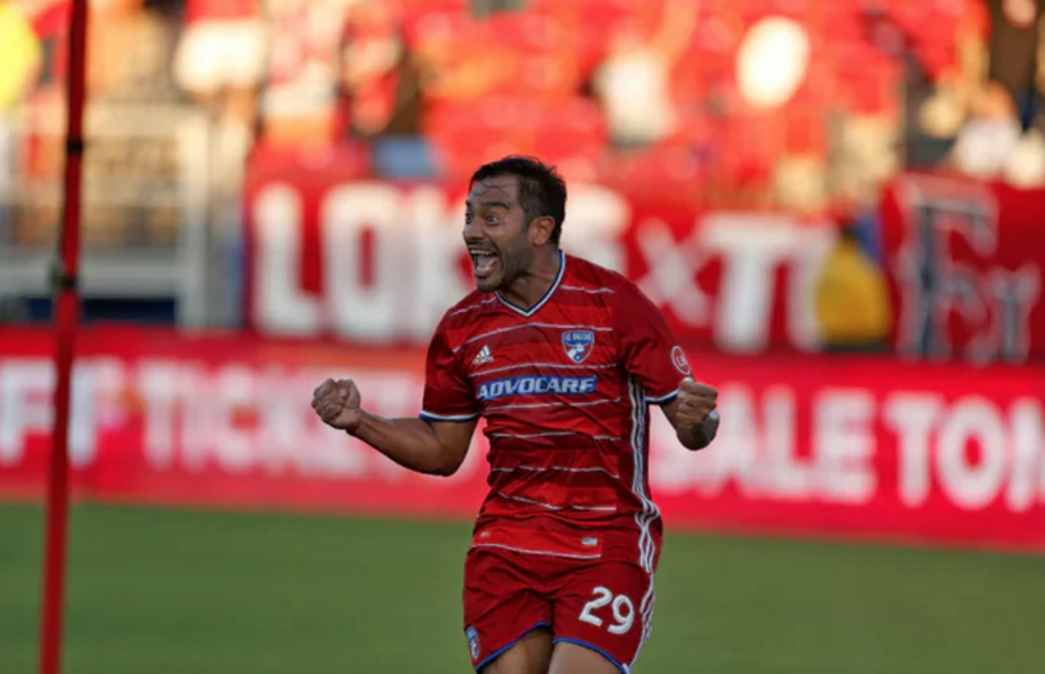 Carlos Ruiz y Dallas buscarán mantener el liderato de la conferencia oeste. (Foto: MLS)