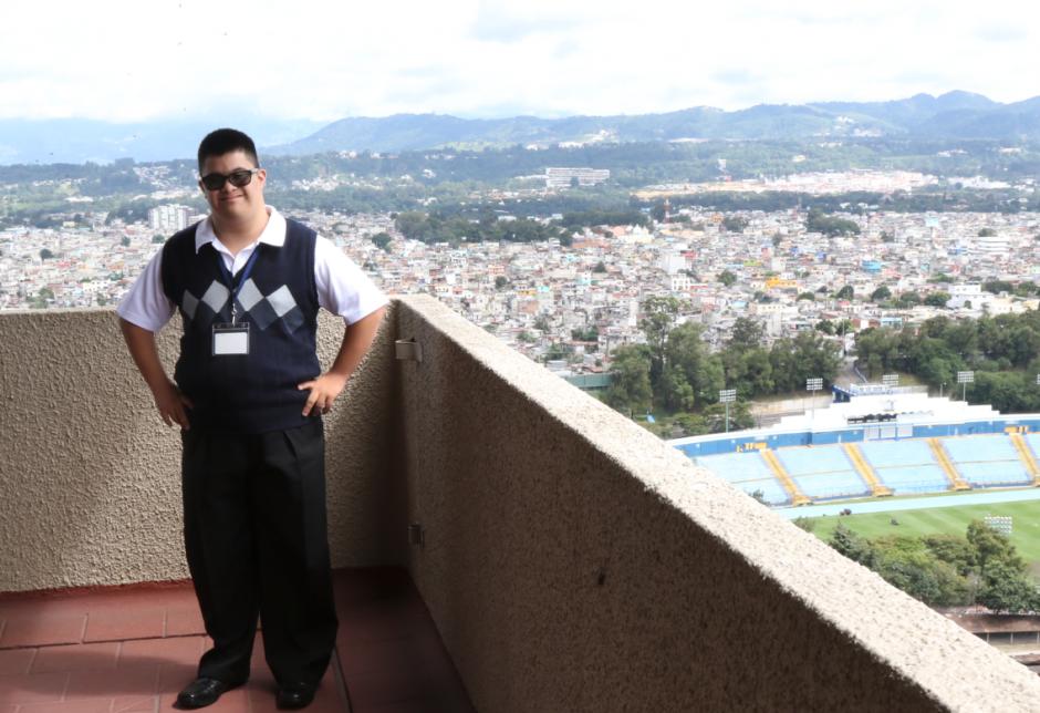 Diego cumple con un convenio entre la institución y la Fundación Margarita Tejada. (Foto: Alejandro Balán/Soy502)