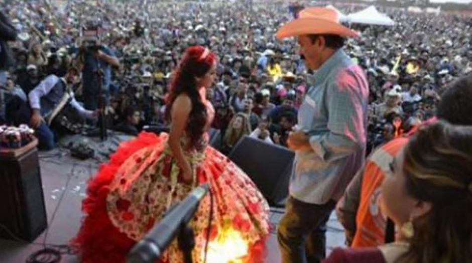 Además, ambos bailaron juntos durante la fiesta de XV años. (Foto: Infobae)
