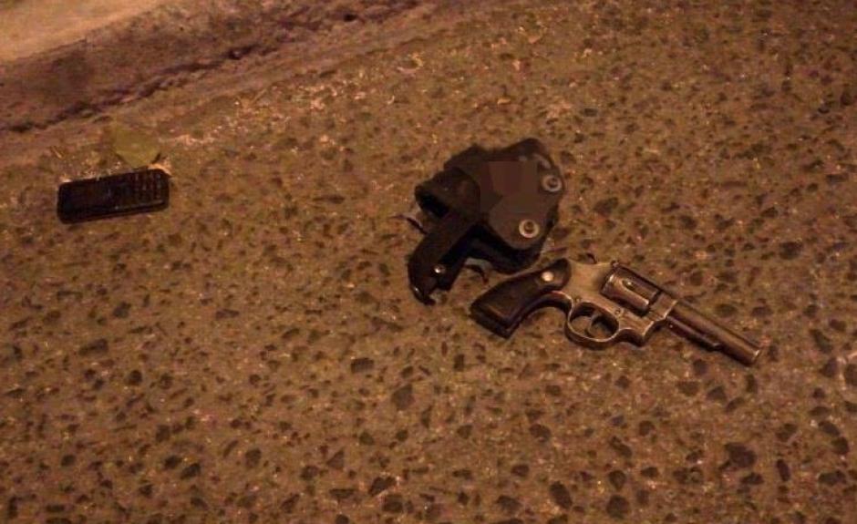El agente fue herido en el cráneo durante el ataque. (Foto: PNC)