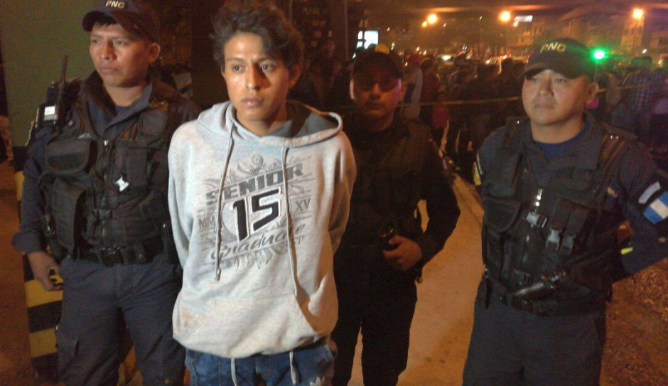 Jason Estuardo Velásquez Paz fue capturado en la escena del ataque. (Foto: PNC)