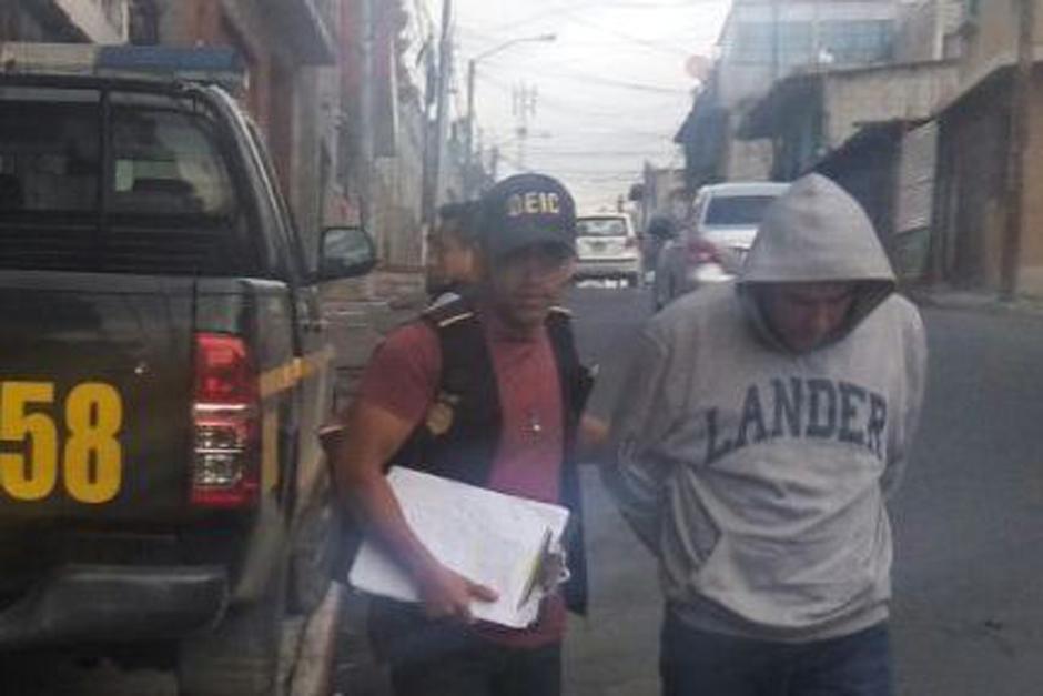 Capturan a Erick Noé Martínez Rodríguez de 39 años en la zona 7 capitalina. (Foto: PNC)