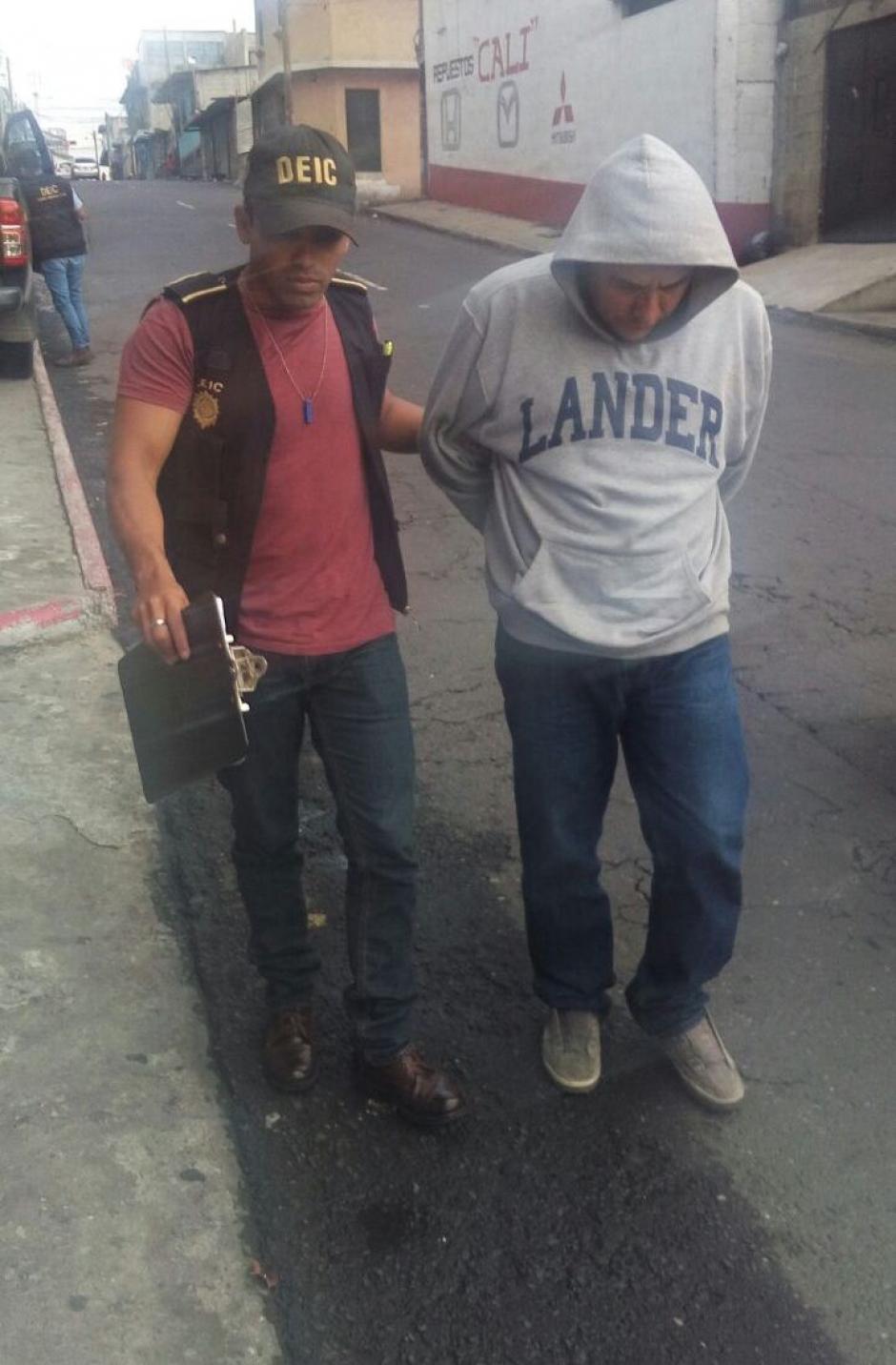 La víctima de Martínez habría sido su hijastro de seis años. (Foto: PNC)