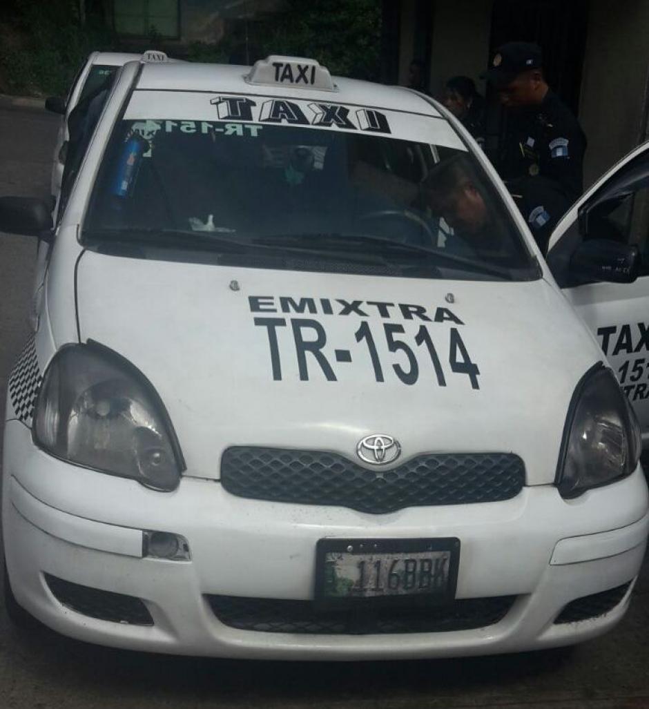 Los detenidos se conducían en un taxi. (Foto: PNC)