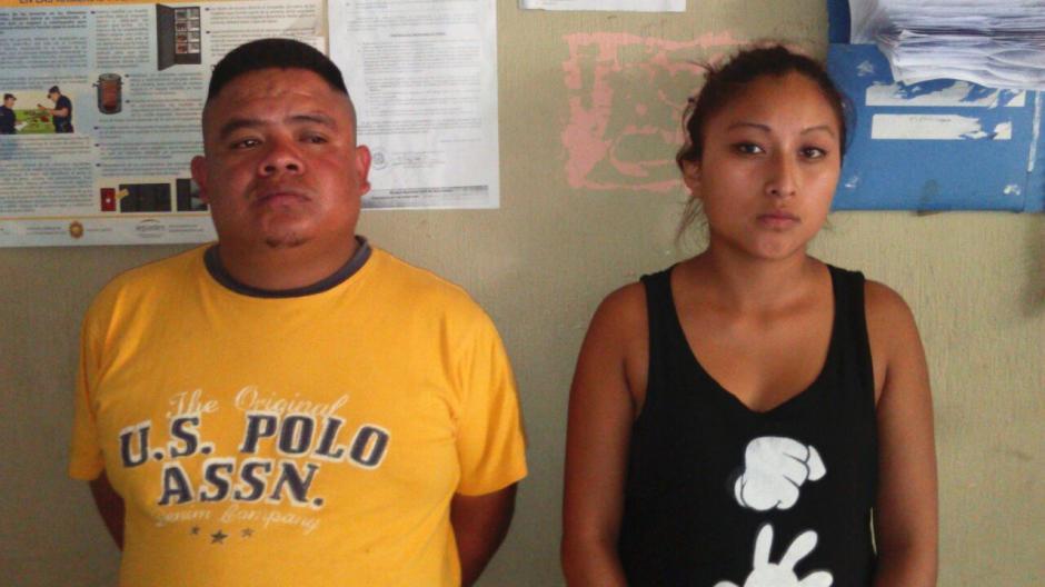 La pareja fue capturada en Santa Catarina Pinula. (Foto: PNC)