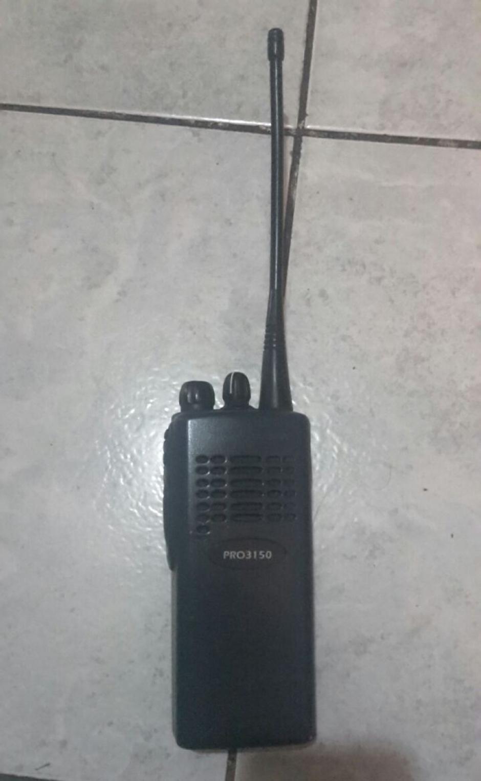 También se les decomisó un radio transmisor. (Foto: PNC)