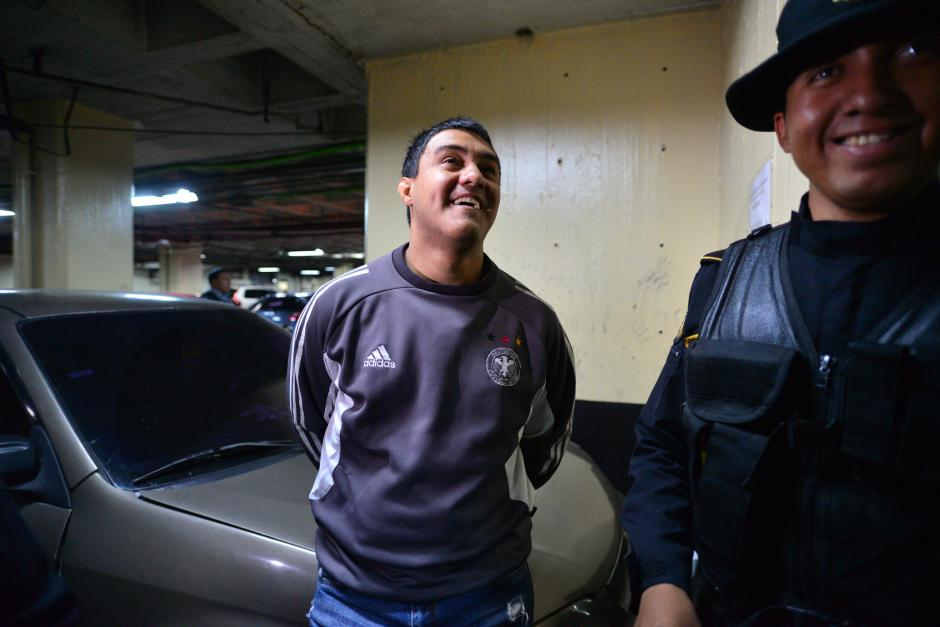 Otto Fernando Molina Stalling, hijo de la magistrada de la CSJ, Blanca Stalling, también seguirá en prisión. (Foto: Archivo/Soy502)