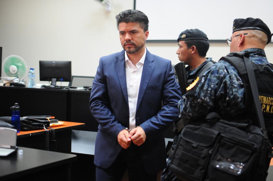 Las investigaciones del MP y CICIG determinan que Chévez tenía el perfil ideal para administrar los recursos. (Foto: Wilder López/Soy502)