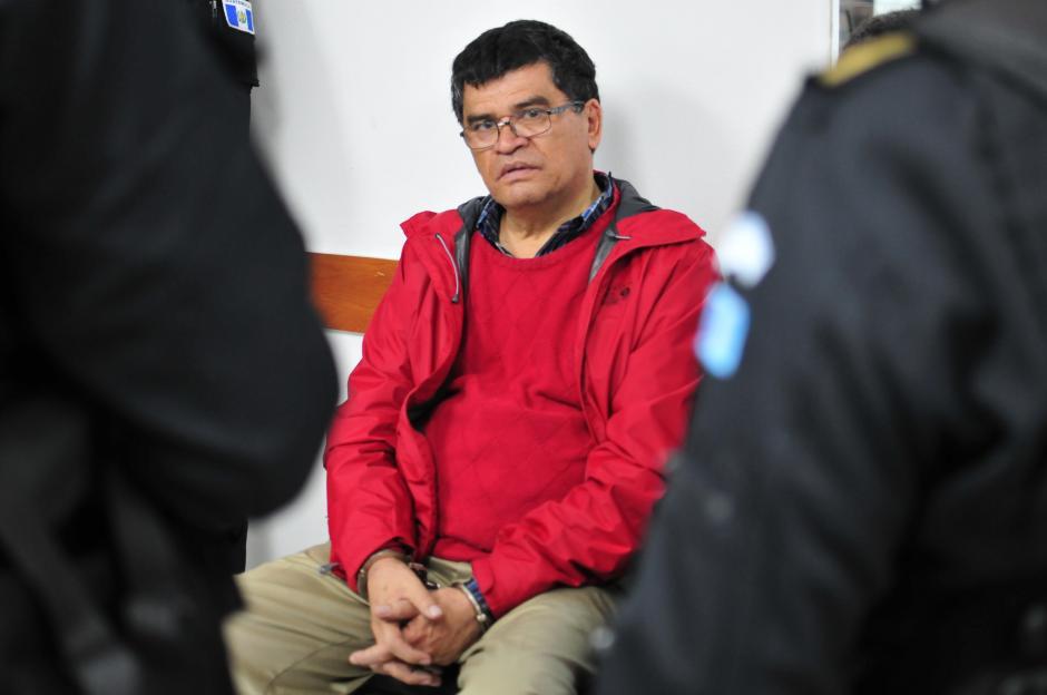 Arnoldo Medrano, alcalde de Chinautla, fue capturado el 19 de octubre, sindicado de lavado de dinero, peculado y uso de documentos falsificados, luego de una denuncia presentada por la Intendencia de Verificación Especial en el año 2006, que detectó irregularidades en el uso de los fondos municipales.(Foto: Alejandro Balán/Soy502)