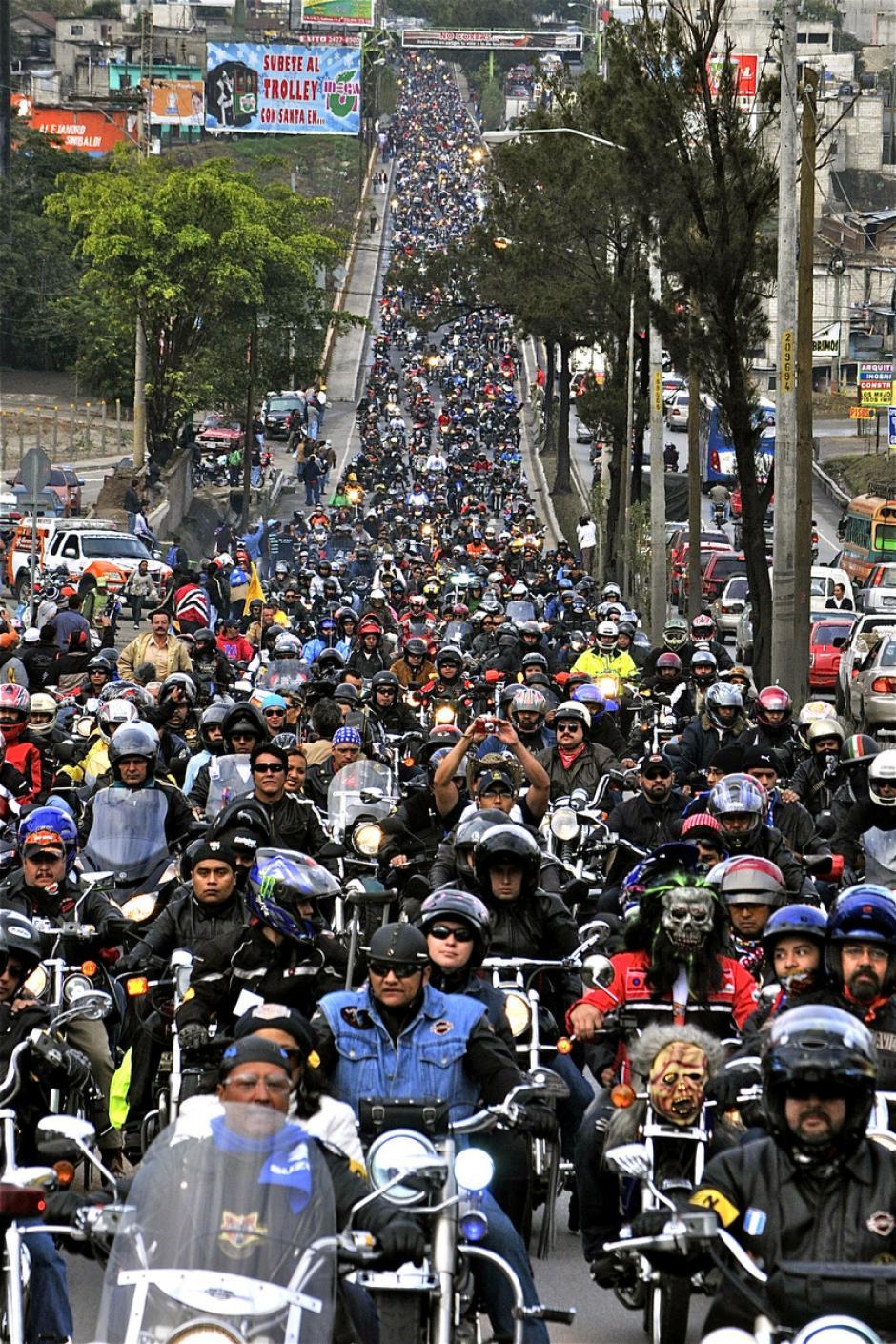 En el año 2013 hubo más de 35,000 participantes. (Foto: Deccio Serrano).