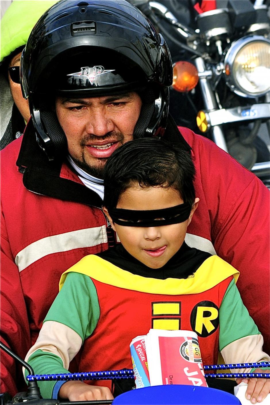 Los niños piden un disfraz de su personaje favorito. (Foto: Deccio Serrano).