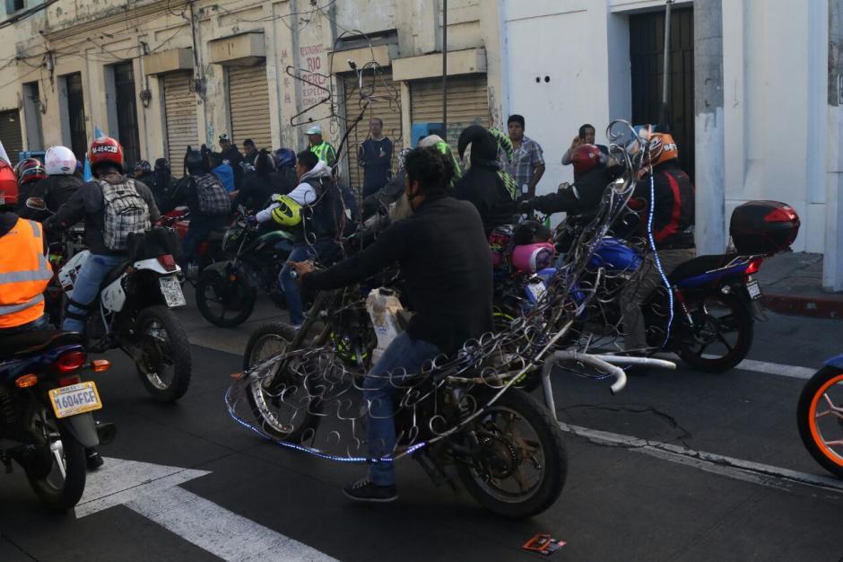 Desde tempranas horas, los motoristas estaban listos para participar en la Caravana del Zorro. (Foto: Alejandro Balán/Soy502)