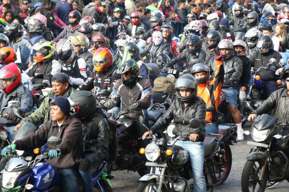 Miles de motociclistas participarán en la peregrinación hacia Esquipulas, Chiquimula.  (Foto: Alejandro Balán/Soy502)