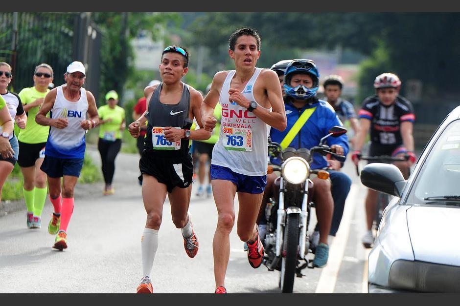Luis Carlos Rivero hizo 1 hora, 7 minutos y 21 segundos para completar los 21 kilómetros. (Foto: La Nación)
