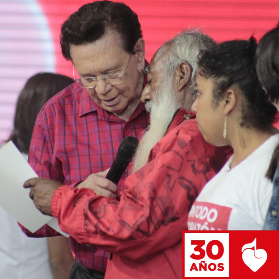 Carlos de Triana es conocido por su trayectoria en los medios nacionales. (Foto: Facebook/Teletón)