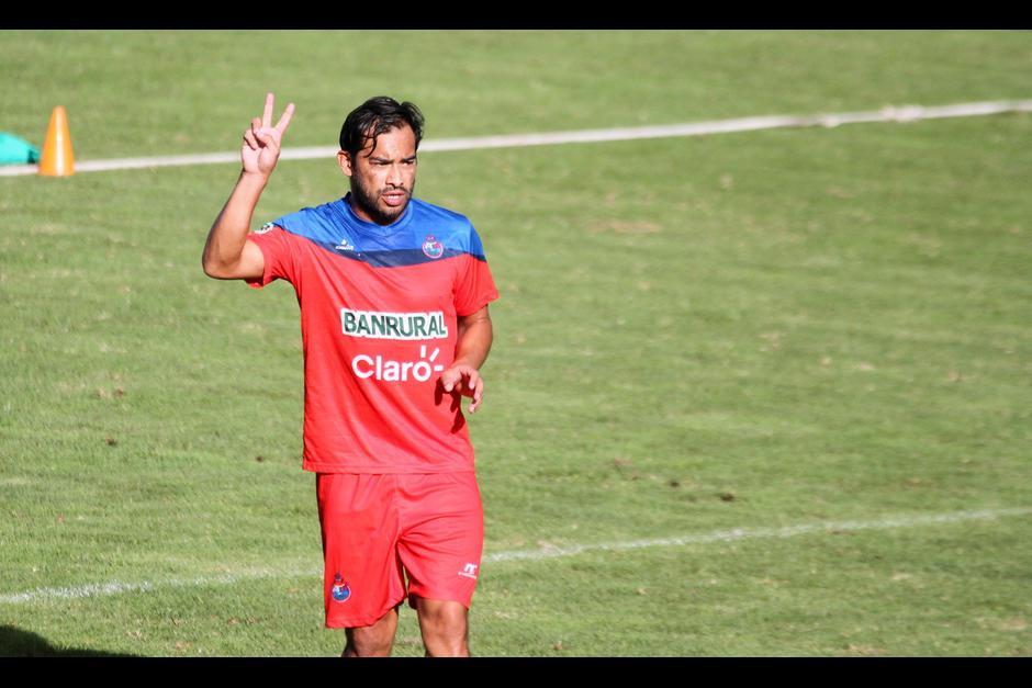 Ruiz volverá a las canchas tras finalizar su contrato con Municipal. (Foto: Soy502)