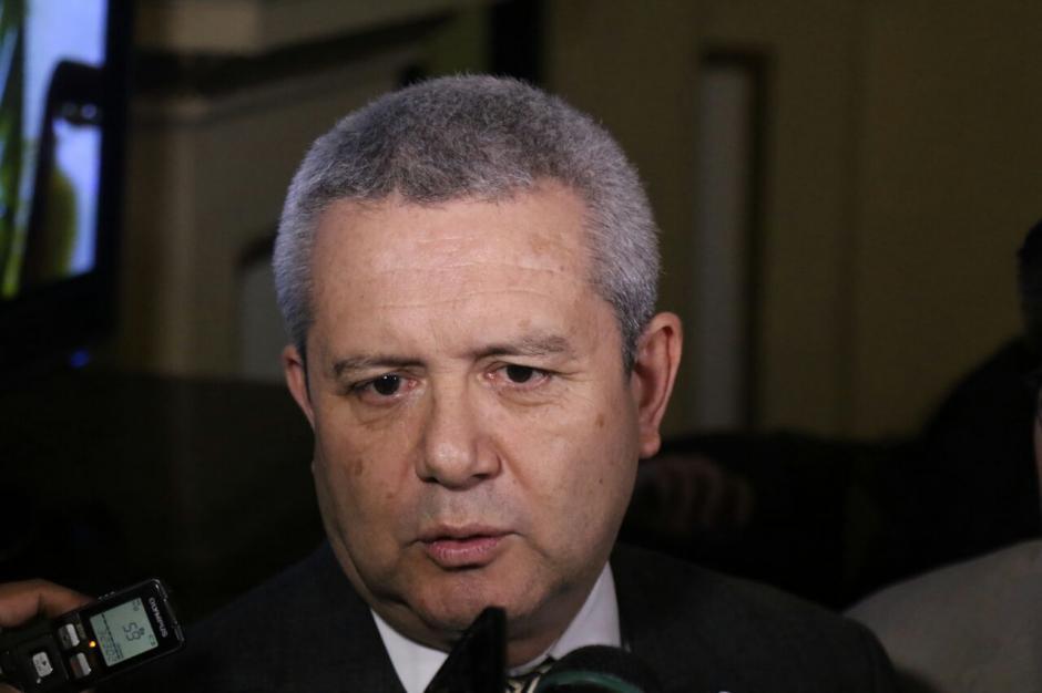 El Secretario General de la Presidencia señala que la ley debe ser aprobada en 40 días. (Foto: Alejandro Balán/Soy502)