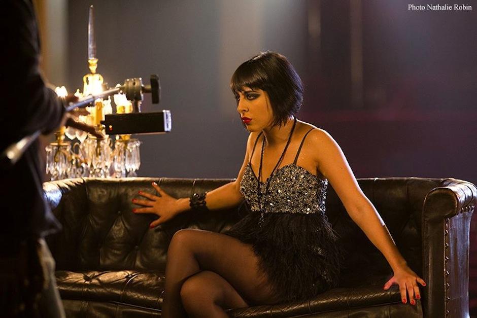 "La cantautora, de origen guatemalteco, es protagonista del musical parisino ""Mistinguette"". (Foto: Facebook/Nathalie Robin Photographies)"