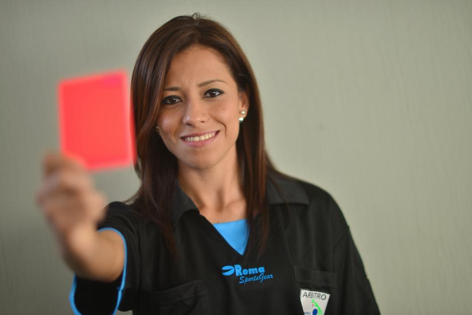 Carol Oliva, árbitro internacional FIFA, es originaria de Gualán, Zacapa. (Foto: Jesús Alfonso/Soy502)