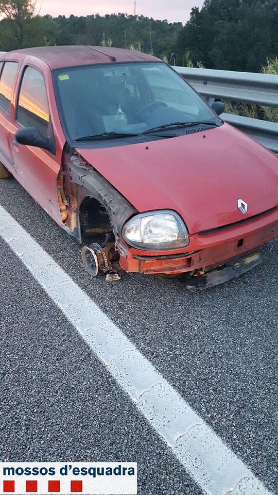 La mujer conducía contra la vía y en estado de ebriedad por lo que fue detenida. (Foto: Facebook/Mossos d'Esquadra)