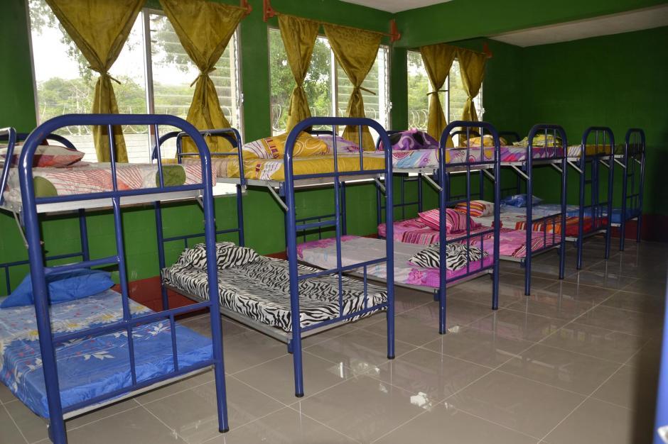 El lugar cuenta con 60 literas donde podrán descansar 120 personas. (Foto: Anner Palma/Nuestro Diario)