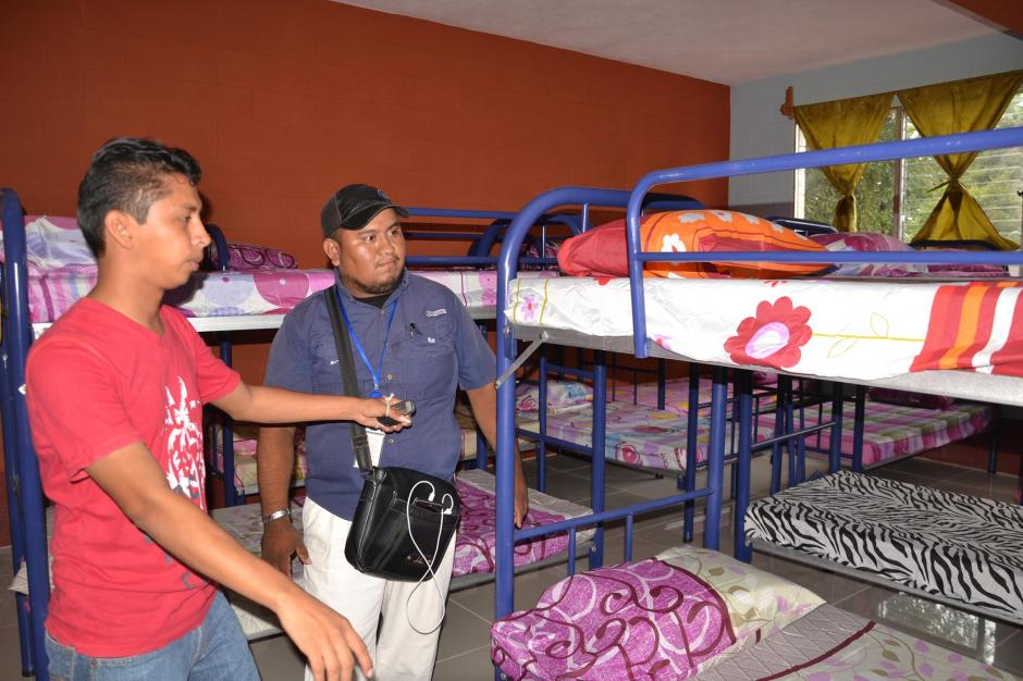 Inauguran casa del migrante en el municipio de flores for Mural de la casa del migrante