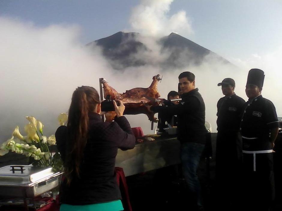 Después de la ceremonia se dio un pequeño almuerzo, a unos 2 mil metros de altura sobre el nivel del mar. (Foto: oficial)