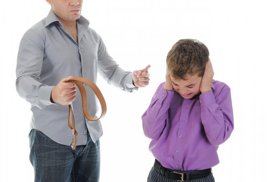 La propuesta castiga hasta con 8 años de prisión a los agresores de menores de edad. (Foto: flipboard.com)