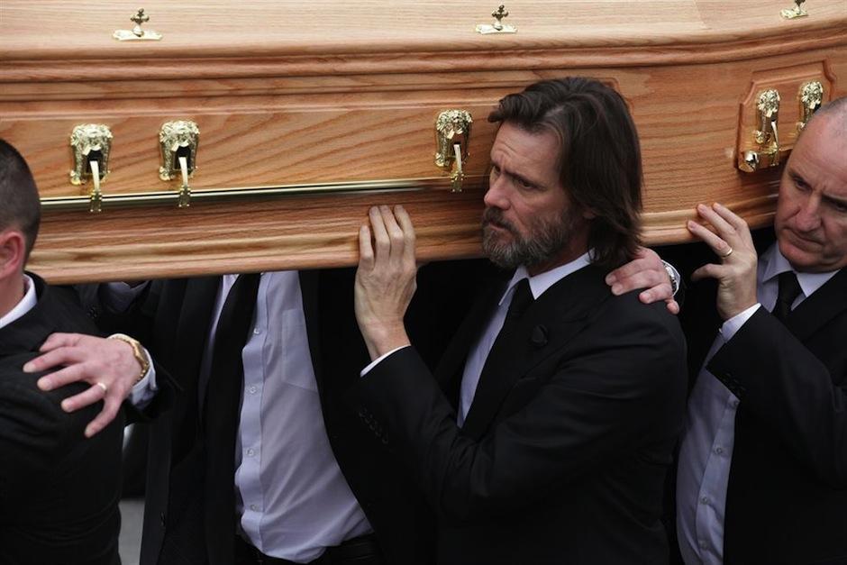 El portal TMZ develó el mensaje de la carta suicida de novia de Jim Carrey. (Foto: irishtimes.com)